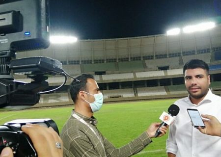 وضعیت چمن ورزشگاه پارس شیراز در حد مسابقات نیست
