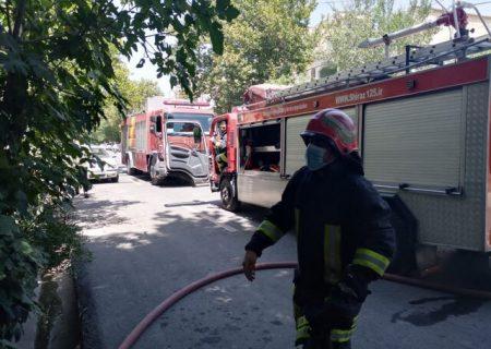 نجات ۱۵ نفر از یک آتشسوزی در شیراز