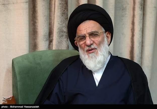 دفتر هاشمی شاهرودی درخواست حکم حکومتی برای احمدینژاد را تکذیب کرد