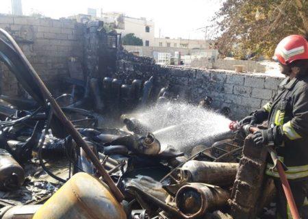 انفجار یک کارگاه غیرمجاز سوخت گیری گاز LPG در شیراز