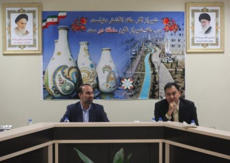 عضو شورای شهر شیراز: محوریت گردشگر خارجی از شیراز به دیگر نقاط رفته است