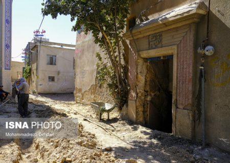 تخریب یک حمام تاریخی در شیراز حین کفسازی کوچه