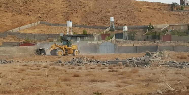 تخریب دهها مورد ساخت و ساز  در قلات شیراز