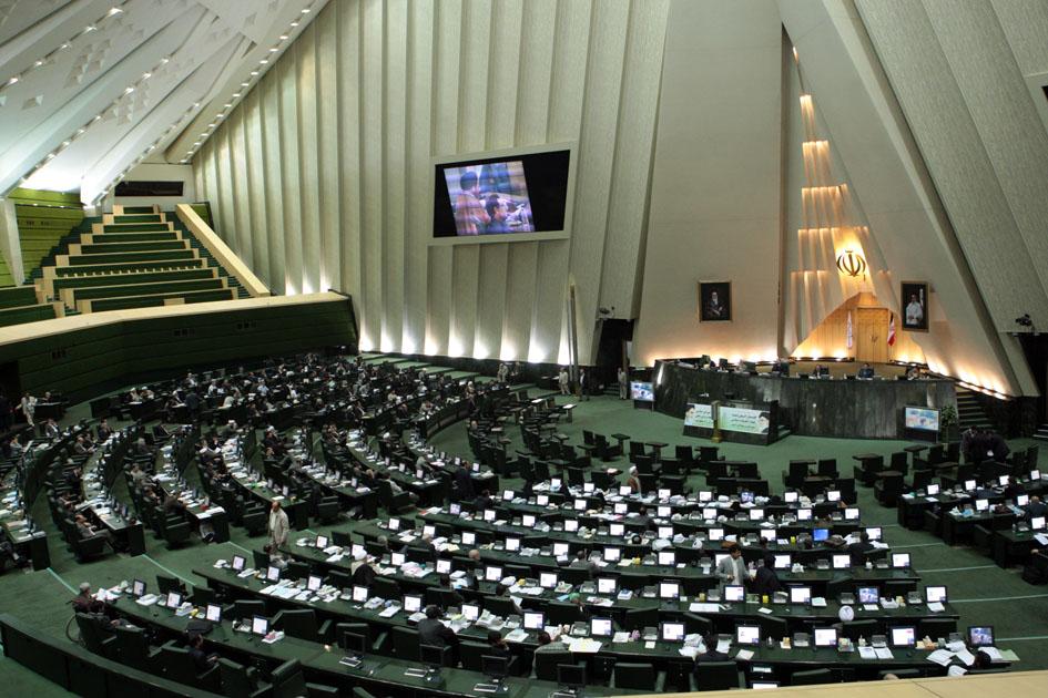 درخواست شماری از نمایندگان مجلس برای پایان اعتصاب غذای کروبی