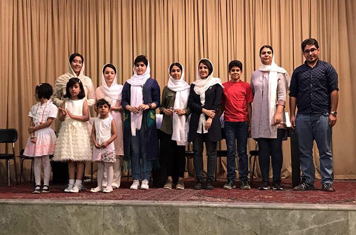 مرحله مقدماتی همایش اوستاخوانی در شیراز برگزار شد