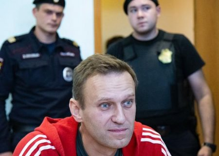 هشدار روسیه به ناوالنی: یا تا سهشنبه به مسکو برمیگردی یا به زندان میروی