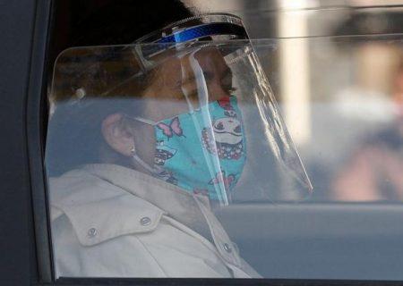 ماسک یا طلق محافظ، کدامیک برای جلوگیری از ابتلا به کرونا موثرتر است؟