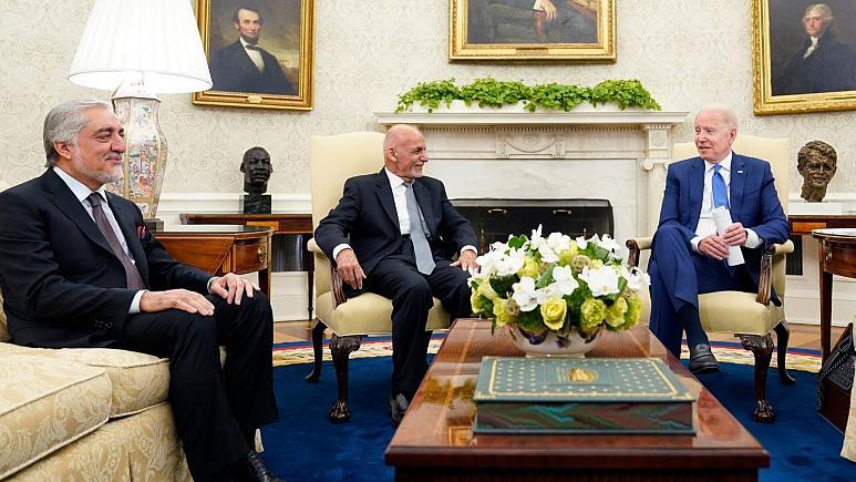 دیدار غنی و عبدالله با بایدن در واشنگتن؛ چند ولسوالی دیگر افغانستان به دست طالبان سقوط کرد