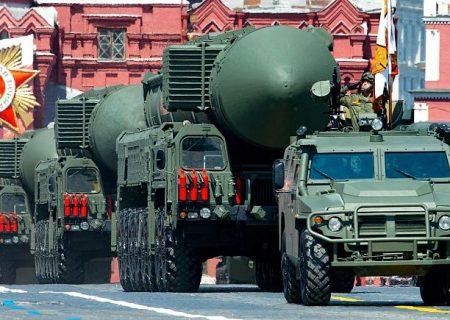 ولادیمیر پوتین طرح تمدید معاهده کنترل تسلیحات هستهای با آمریکا را امضا کرد
