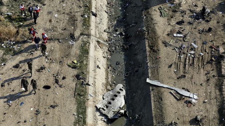 گزارشی از جعبه سیاه هواپیمای اوکراینی: مسافران پس از شلیک موشک اول سالم بودند
