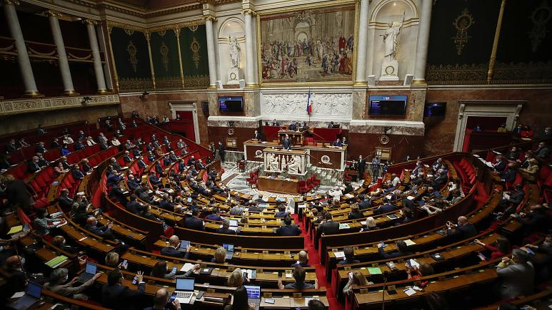 تصویب نهایی قانون حمایت از زبانهای محلی در پارلمان فرانسه