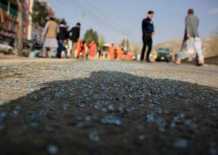 انفجار مرگبار خودروی بمبگذاری شده در مرکز ولایت لوگر افغانستان؛ بیش از ۲۱ نفر کشته و ۹۰ نفر مجروح شدند