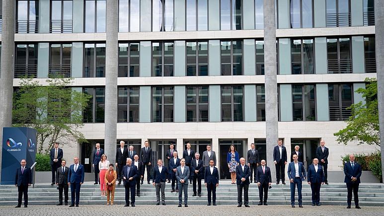 موافقت اتحادیه اروپا با تحریم ۲۰ مقام بلند پایه بلاروس