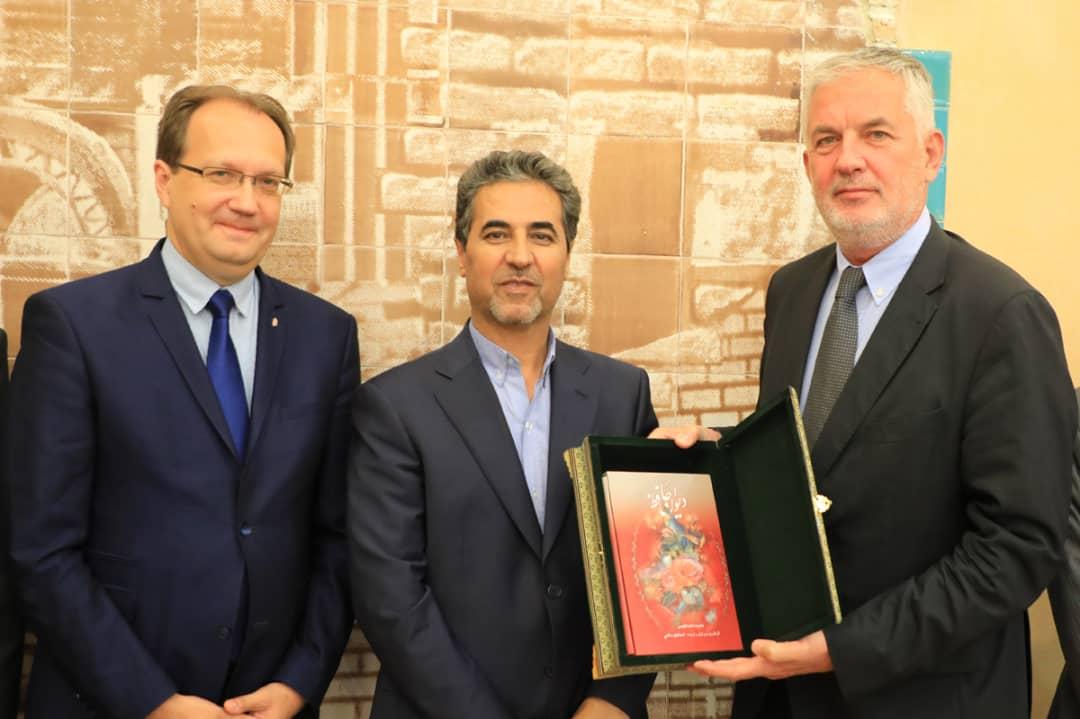 رایزنی شهرداران شیراز و پچ مجارستان برای ایجاد مناسبات اقتصادی