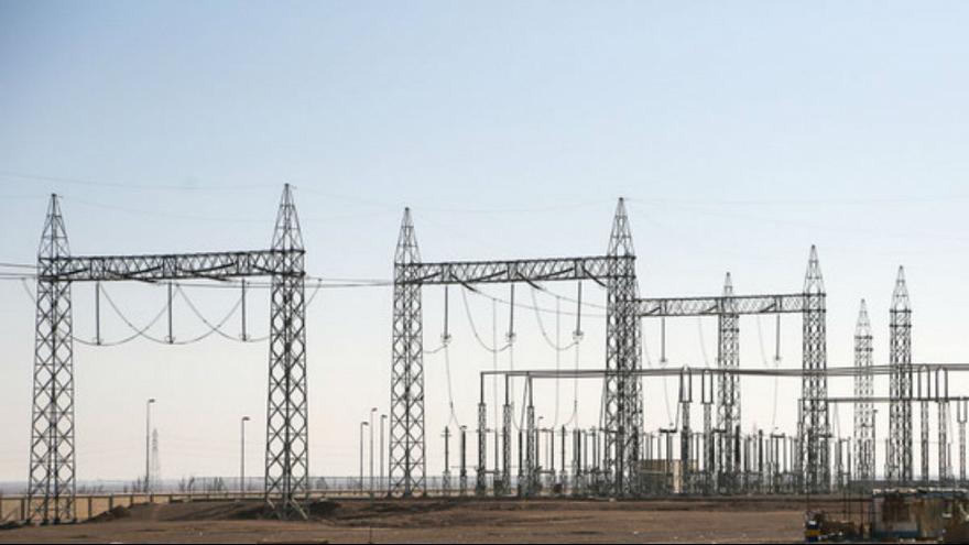 موج انتقادات از قطع گسترده برق در شهرهای ایران