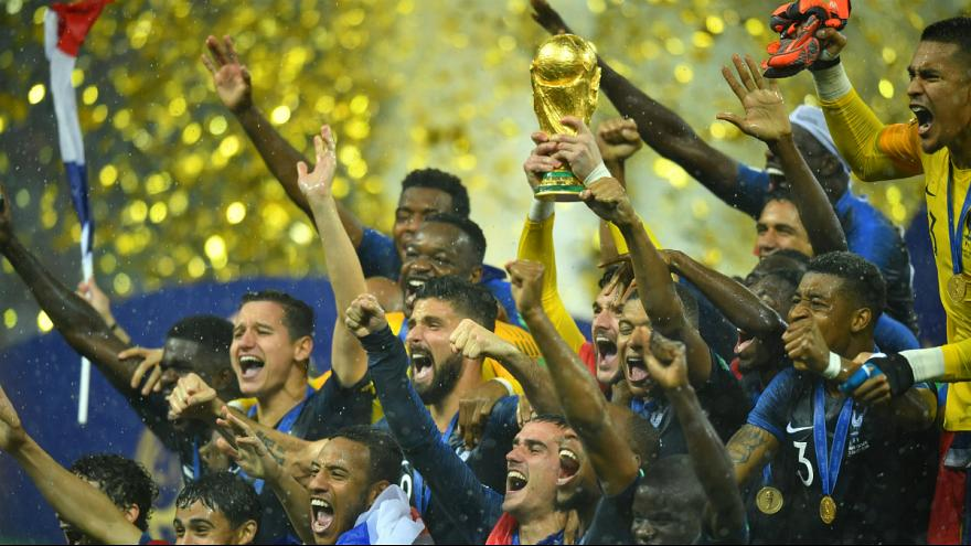 پیروزی پر گل فرانسه مقابل کرواسی؛ آواز قهرمانی خروسها بر بام جهان
