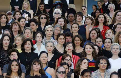 اعتراض نمادین ستارگان زن سینمای جهان به نابرابری جنسیتی