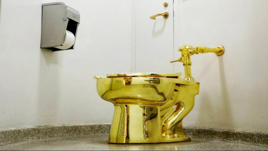 ترامپ نقاشی ون گوگ را امانت خواست توالت طلایی پیشنهادش دادند