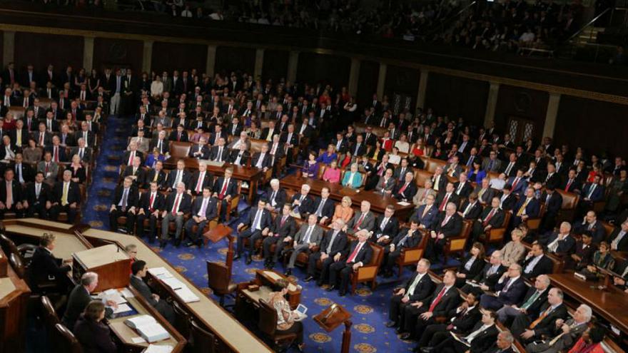 تصویب قطعنامه حمایت از اعتراضات ایران در مجلس نمایندگان آمریکا