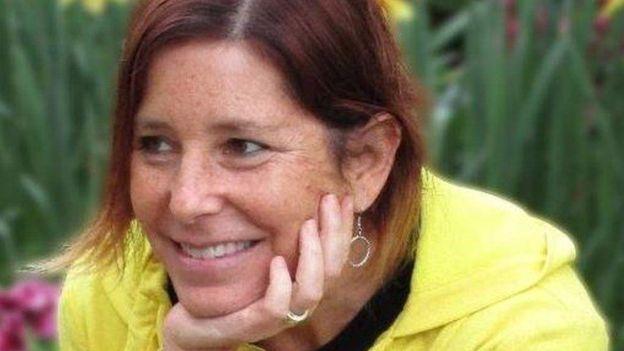 یک زن در آستانه مرگ، همسرش را عضو سایت زوجیابی کرد