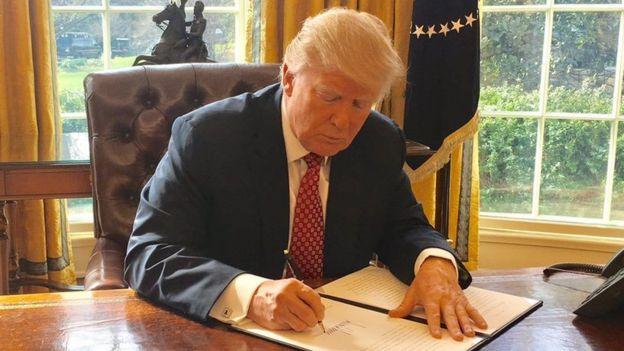 اجرای فرمان مهاجرتی دونالد ترامپ به مدت نامعلوم متوقف شد