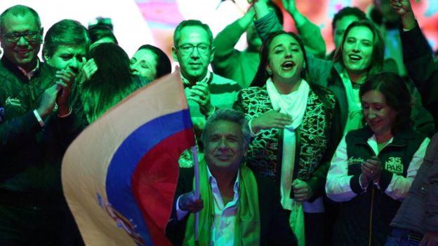 اتهام تقلب در انتخابات ریاست جمهوری اکوادور؛ طرفداران نامزد شکست خورده به خیابانها آمدند