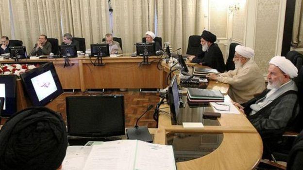 علی مطهری خطاب به فقهای شورای نگهبان: از رویهای که جمهوری اسلامی را تهدید میکند، بازگردید