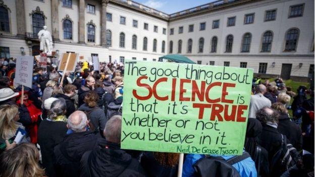 راهپیماییهای گسترده در سراسر جهان در حمایت از علم