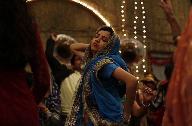 """فیلم """"رژ لب زیر برقع"""" در دادگاه تجدیدنظر هند اجازه پخش گرفت"""
