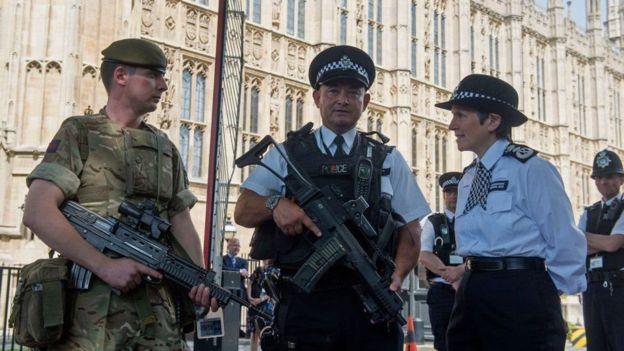 دستگیری مظنون ششم در ارتباط با بمبگذاری منچستر