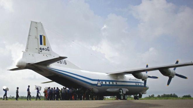 کشف بقایای هواپیمای ارتش برمه که با ۱۲۲ سرنشین ناپدید شد