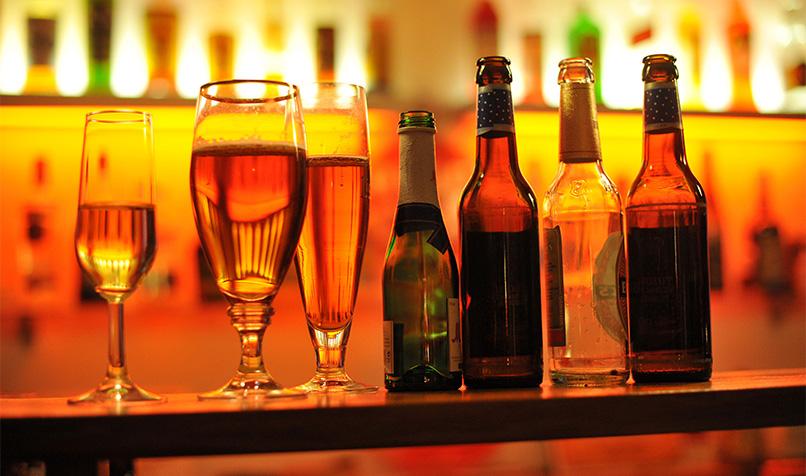 کاهش سن مصرف مشروب در ایران به ۱۱ سالگی