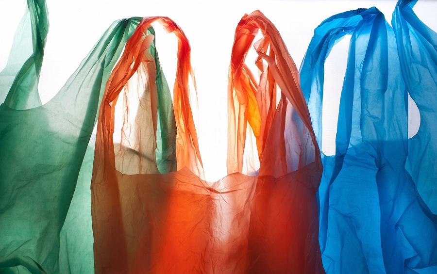 ۱۵ تُن پلاستیک روزانه در شیراز مصرف میشود