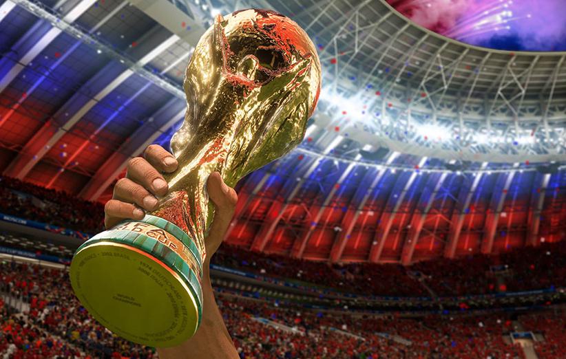 پخش بازیهای جام جهانی فوتبال در بوستان آزادی شیراز