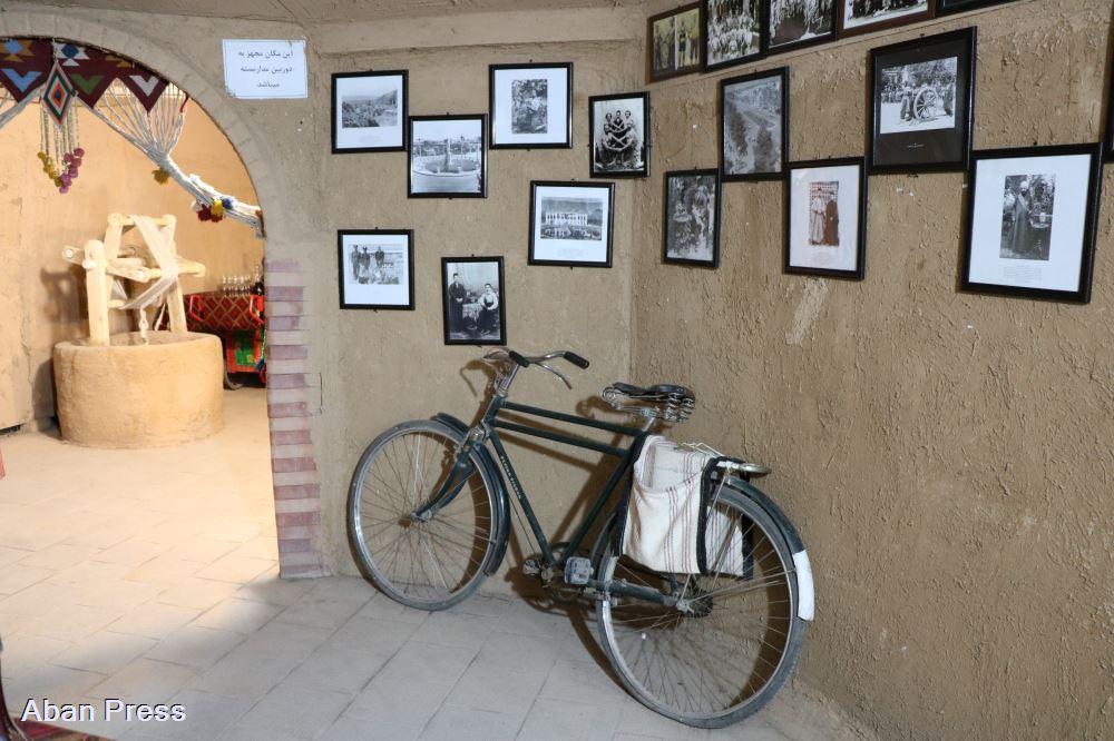 آلبوم عکس؛ نمایشگاه شیراز و طهران قدیم