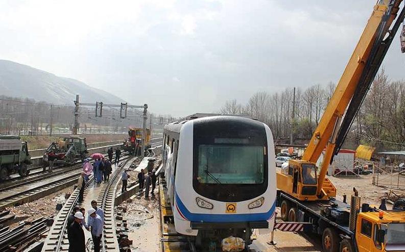 قطار شهری شیراز: برای احداث ایستگاه درختان را قطع نکردیم