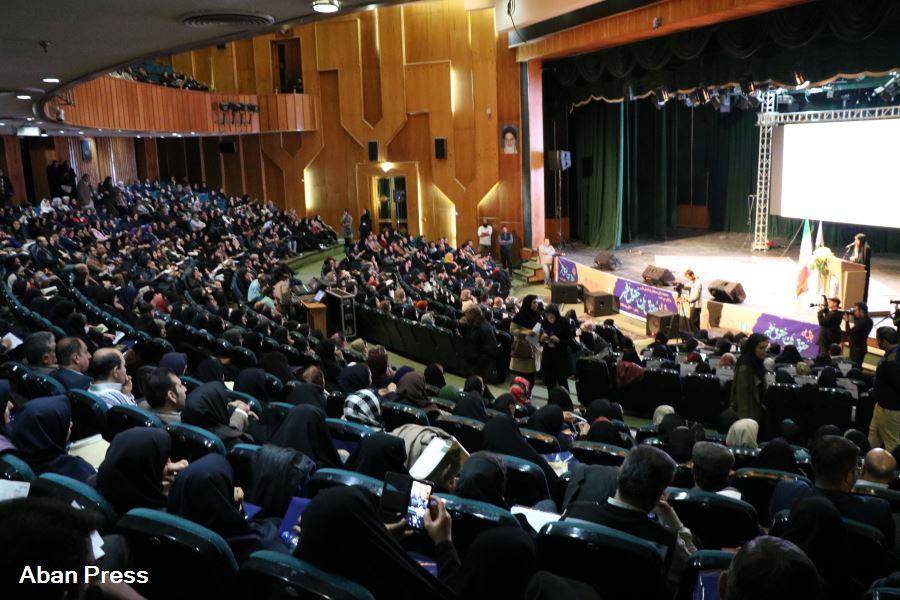 آلبوم عکس؛ همایش حقوق زن، حقوق بشر در شیراز