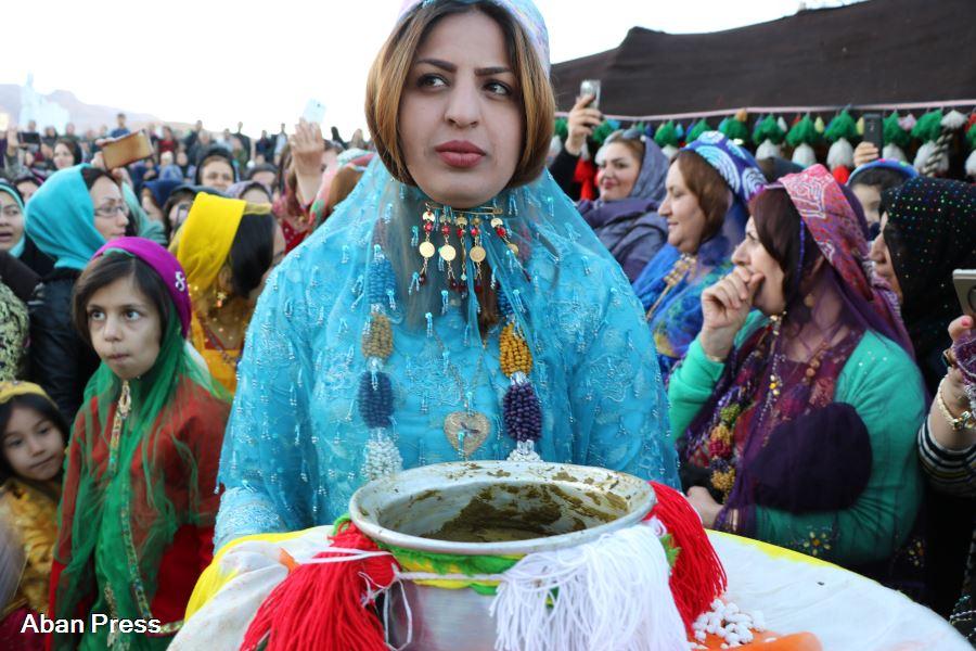 آلبوم عکس؛ مراسم عروسی قشقایی در نمایشگاه گردشگری پارس