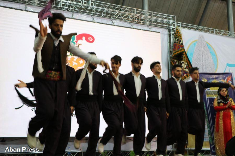 سخنی با روحانیان و محافظه کاران منتقد جشنواره گردشگری پارس