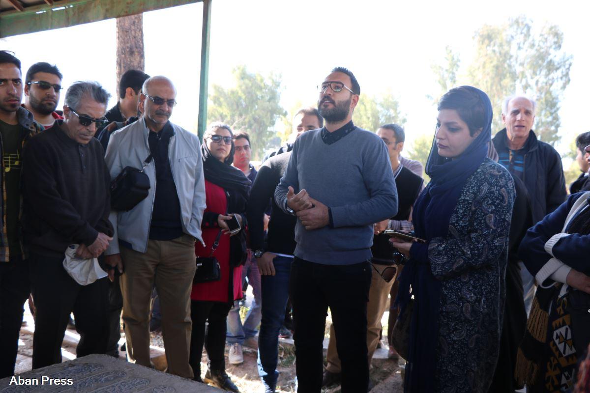 تاکید متخصصین میراث فرهنگی بر حفظ بافت ارگانیک گورستان کهن درب سلم شیراز
