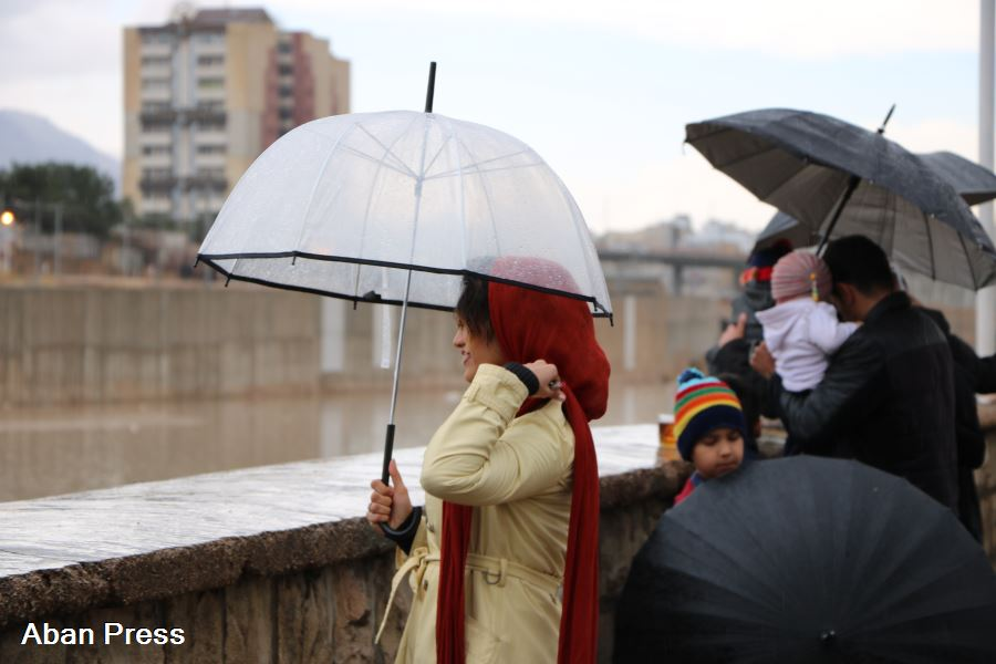 آلبوم عکس؛ روزهای بارانی اسفند در شیراز