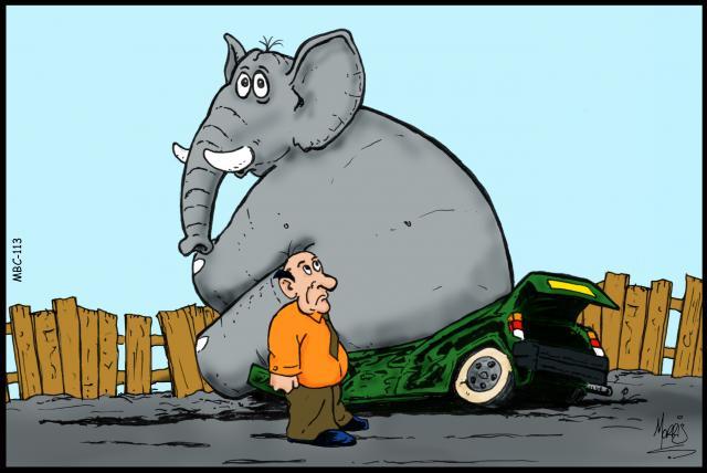 فیل چگونه سوار پراید میشود؟