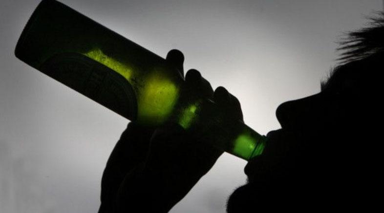 مسمومیت ۳ نفر در فارس بر اثر مصرف مشروبات الکلی
