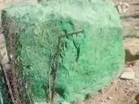 «امامزاده سنگی و جعلی» شهر صدرای شیراز تخریب شد