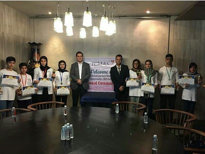 پرنیا کرمی دانش آموز شیرازی مقام چهارم جهان را کسب کرد