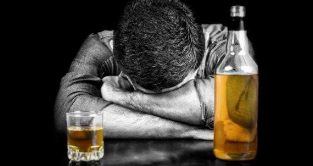 شمار قربانیان مشروبات الکلی در فارس به ۱۰۰ نفر رسید