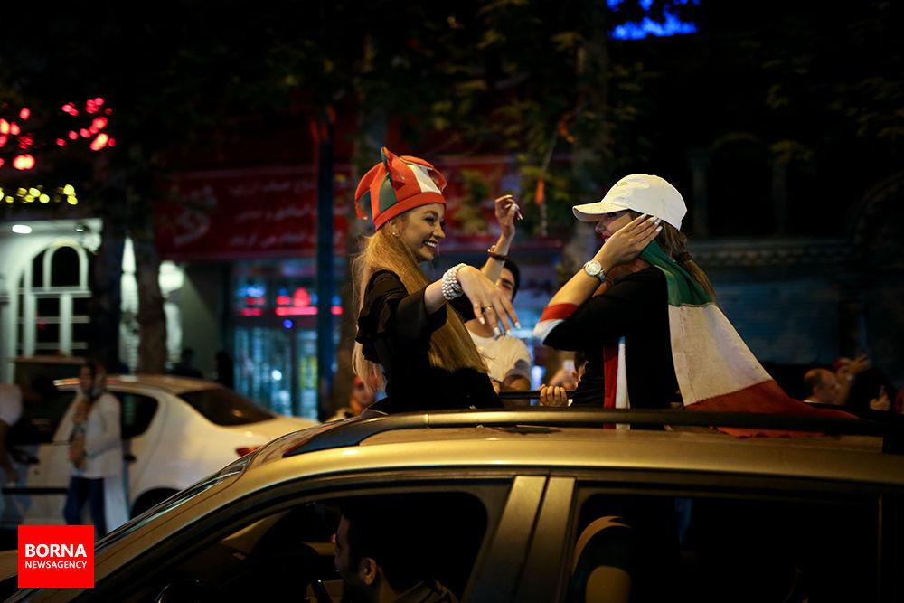 آلبوم عکس؛ شادی ایرانیان پس از پیروزی تیمملی