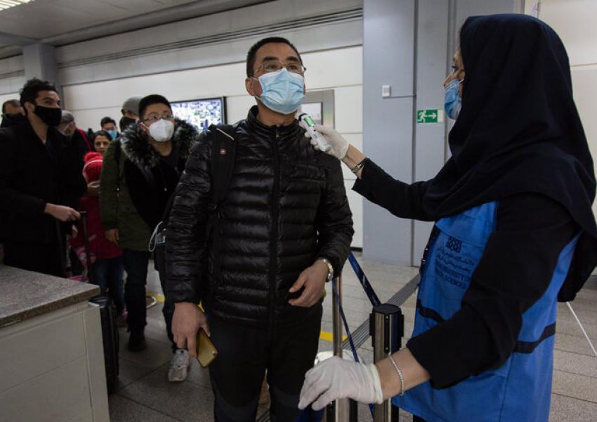 نماینده شیراز: همچنان شاهد ورود مسافر چینی به ایران هستیم