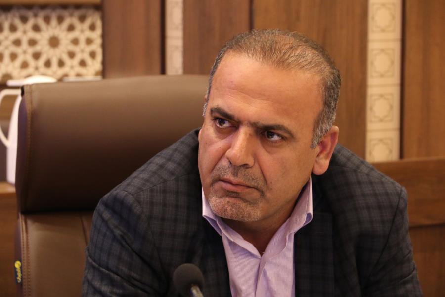 «خروج سرمایهها از شیراز به دلیل تصمیم گیریهای سلیقهای و قومی مدیران»