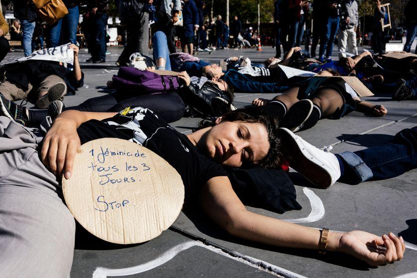 زنکشی در فرانسه به مرز بحران رسید